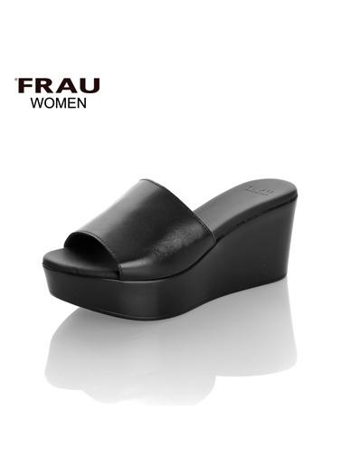 Frau Terlik Siyah